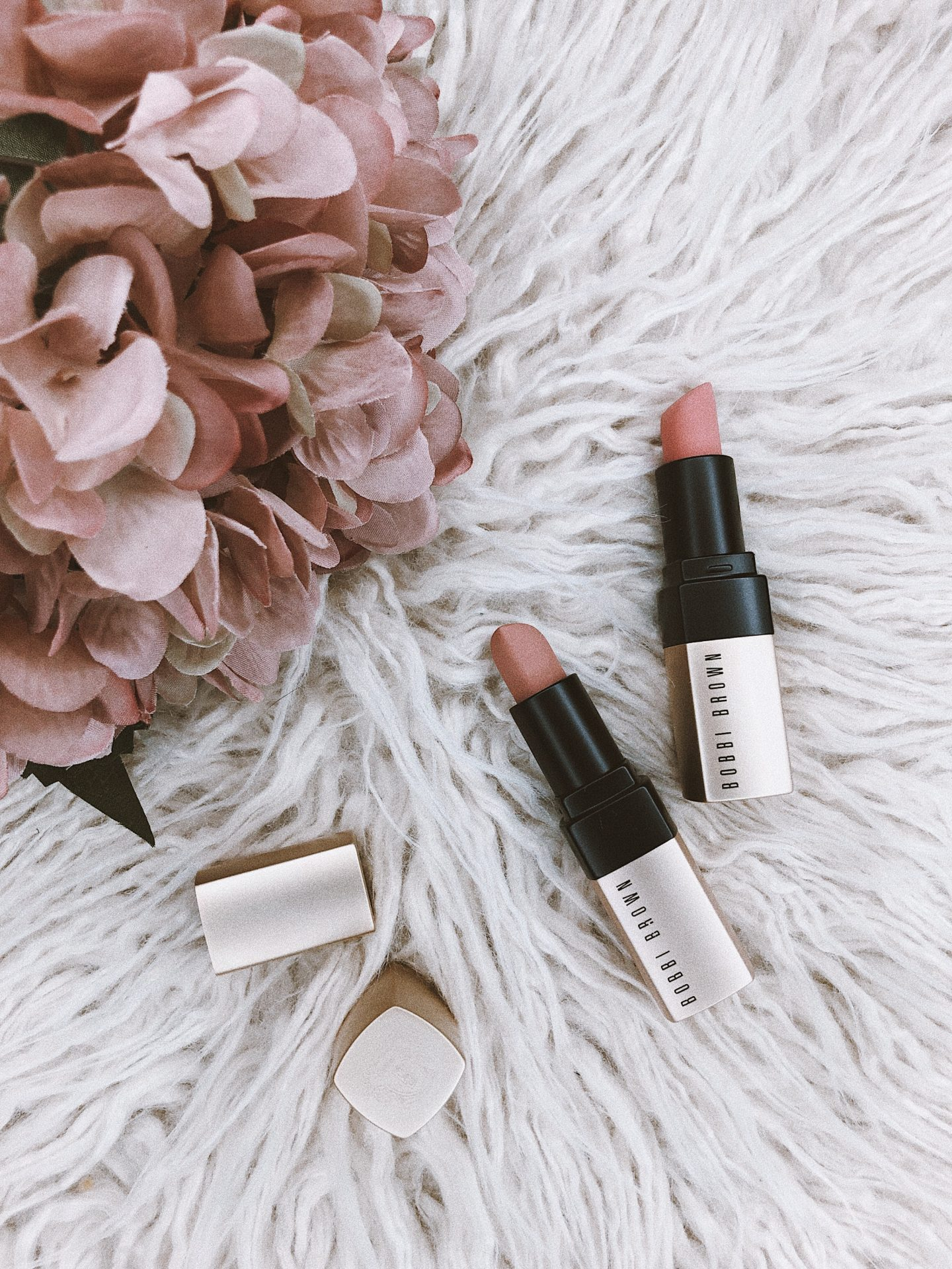 BOBBI BROWN – Your mood. Your color.